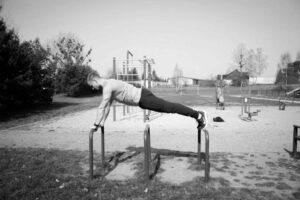 pompki jak prawidłowo ćwiczyć
