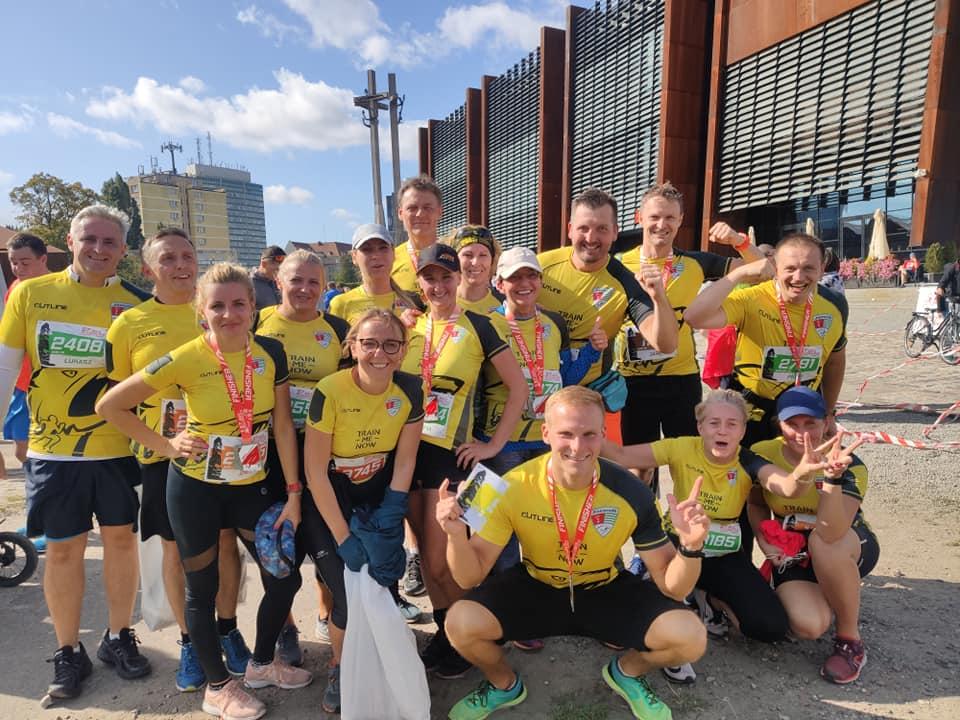Maraton Gdańsk grupa Jaguar Fit bieganie