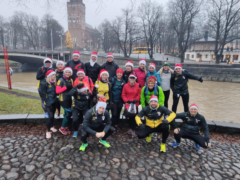 Bieg Mikołajkowy w Finlandii wyzwanie biegaczy