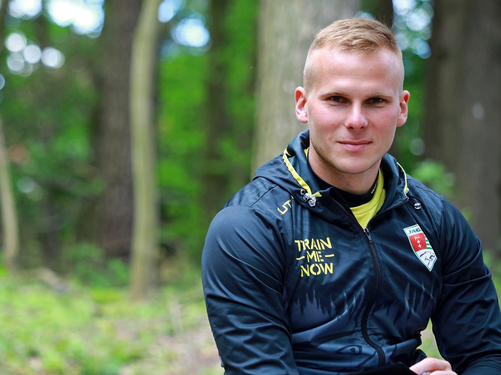 Nowe kurtki na trening trener personalny Cezary Dobrzelecki