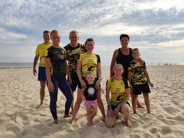 treningi grupowe dorośli plaża Gdańsk Jelitkowo