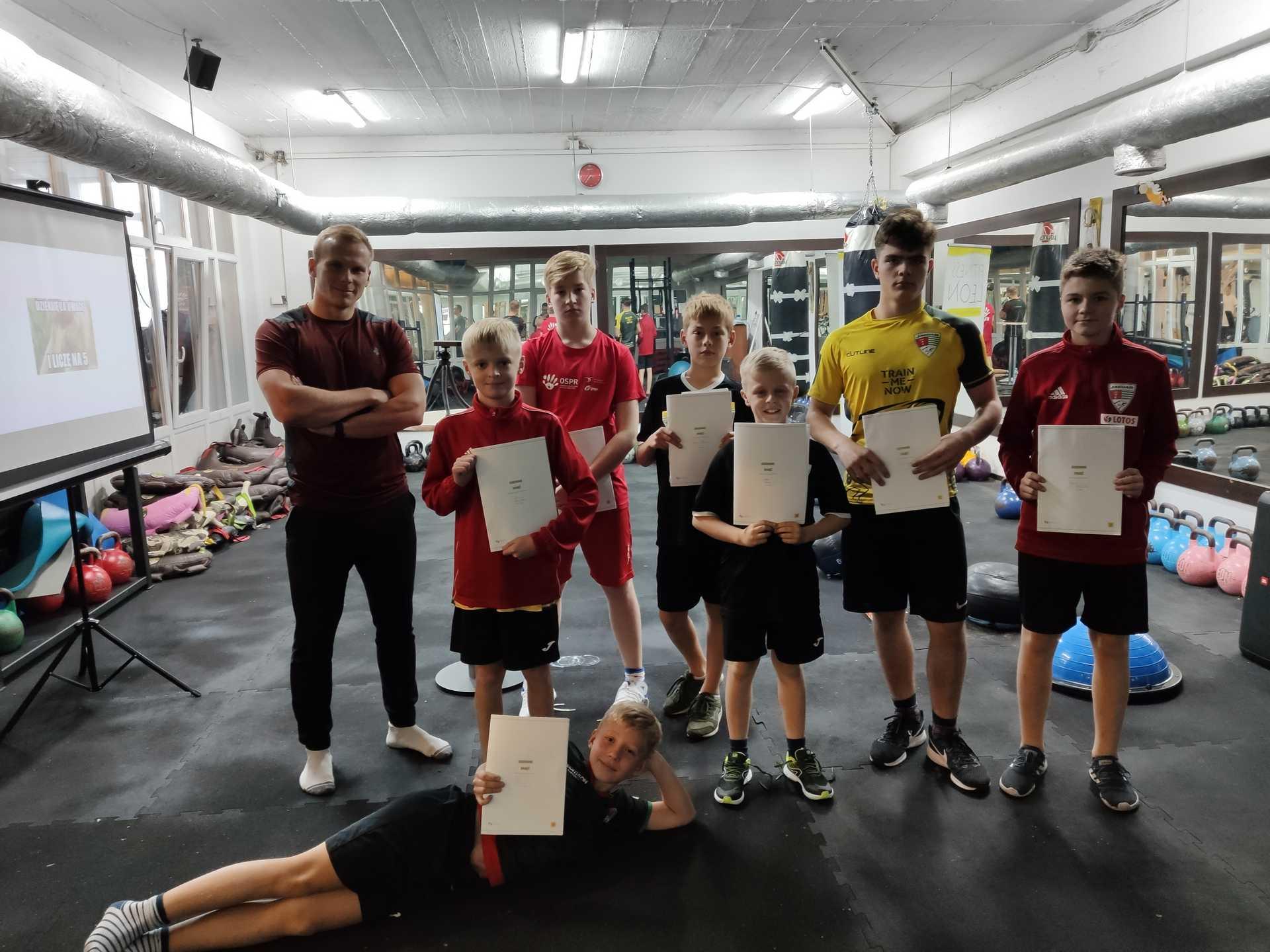 Treningi indywidualne dla młodzieży Gdańsk Jasień siłownia
