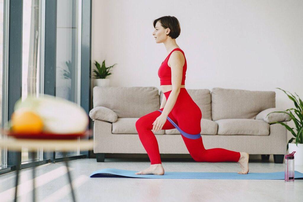 ćwiczenia w domu z trenerem personalnym online