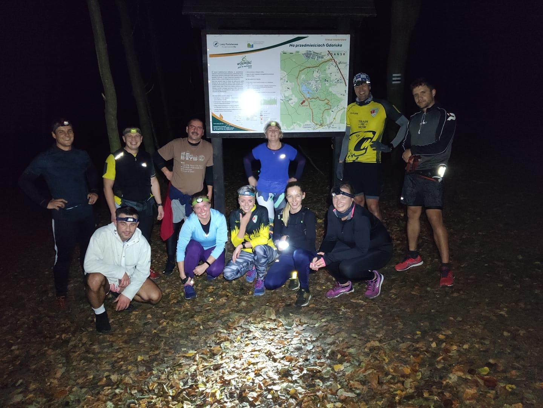 Nocne biegi w Trójmieście lasy