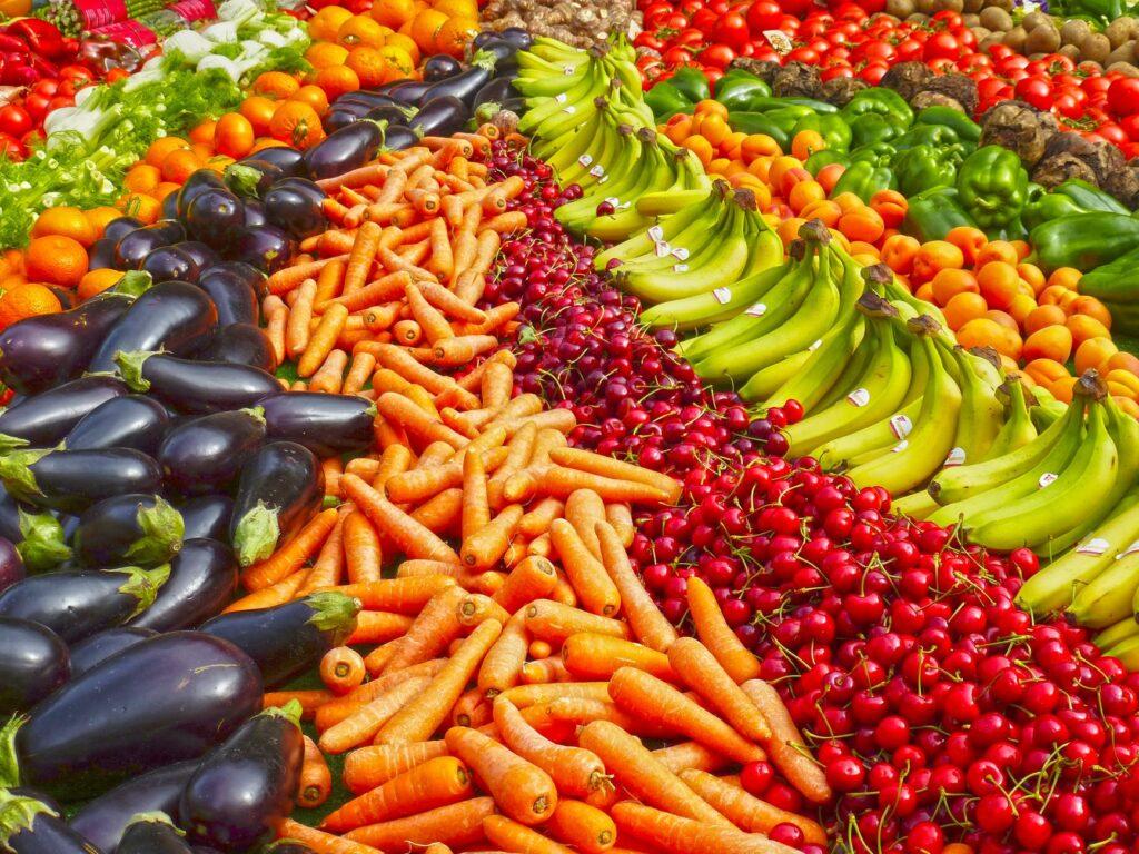 Warzywa i owoce dobre węglowodany złożone cukry