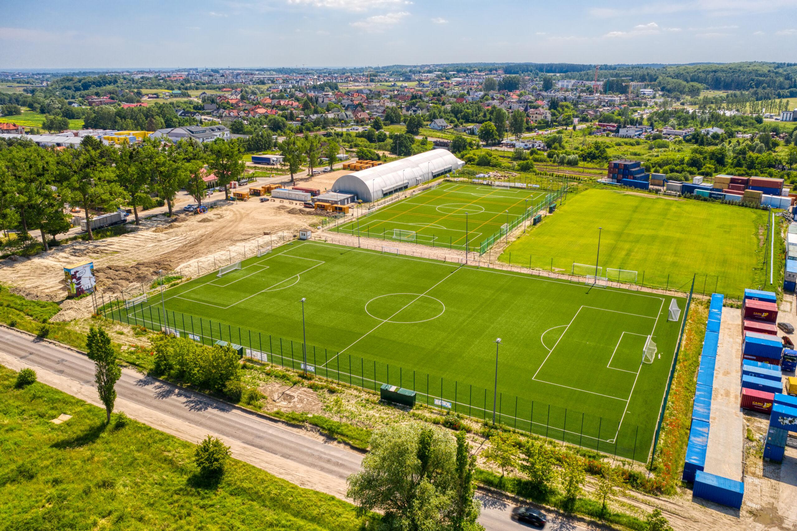 boiska Jaguar Gdańsk mecze ligi piłkarskiej JOMAFIVE